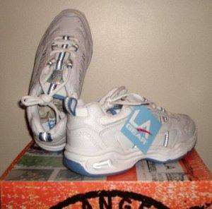 NEW L.A. Gear. Women's Crissy cross trainer sneakers womens 8 NIB