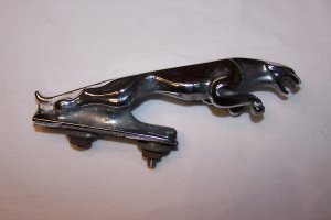 Jaguar Leaping Hood Leaper Ornament