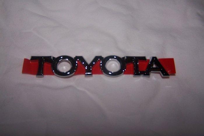 """Toyota Corolla trunk emblem """"TOYOTA"""""""