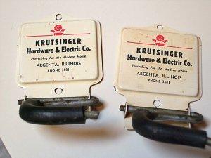 RARE ARGENTA IL KRUTSINGER HARDWARE & ELECTRIC COMPANY PHONE 3581 ADVERTISING MOP BROOM HOLDER