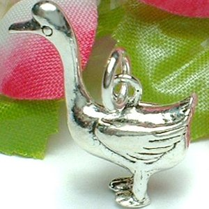 925 STERLING SILVER DUCK CHARM / PENDANT