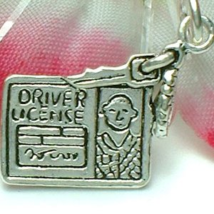 925 STERLING SILVER DRIVER'S LICENSE WITH KEYS CHARM / PENDANT