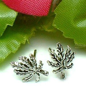 925 STERLING SILVER LEAF STUD EARRINGS