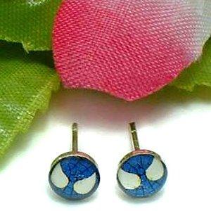 925 STERLING SILVER SPIDERMAN BLUE STUD EARRINGS
