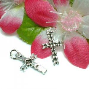 925 STERLING SILVER CROSS CHARM / PENDANT #K9