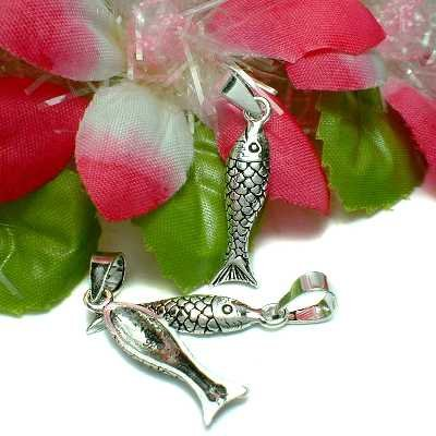 925 STERLING SILVER FISH CHARM / PENDANT #25