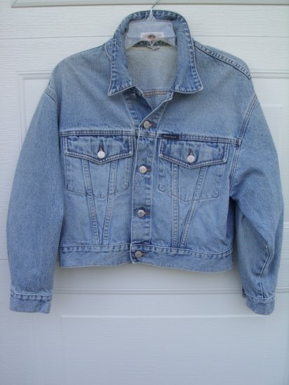 Guess Light Denim Jacket SIZE SMALL