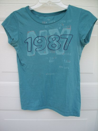 "Aeropostale ""1987 NY"" Baby Fit Tee SIZE SMALL"