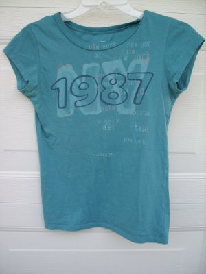 "Aeropostale ""1987 NY"" Baby Fit Tee SIZE SMALL"