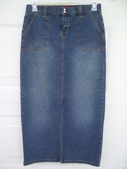 Unionbay Medium Wash Denim Skirt SIZE 7