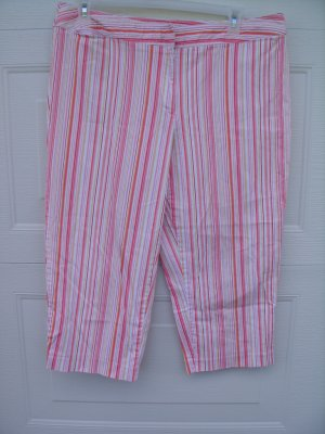 George Stripe Capris SIZE 18W PLUS