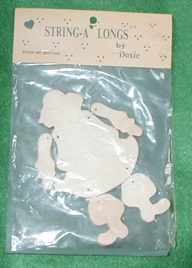 STRING-A LONG SANTA WOOD CRAFT ORNAMENT BY DOXIE