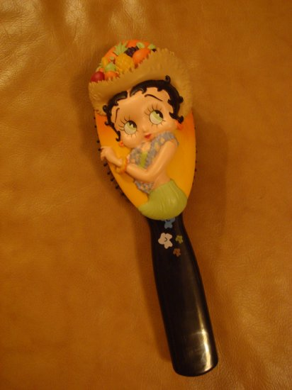 Betty Boop Brush - Hawaiian $17.99