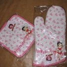 Betty Boop Oven Mitt& Pot Holder Set ( $29.99)