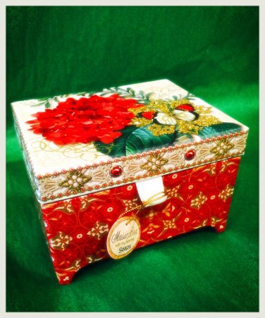 music box with two verbena soap bars $29.99 #MS0015T