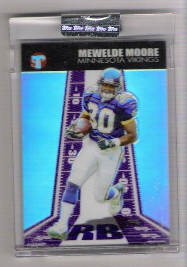 2004 TOPPS PRISTINE MEWELDE MOORE VIKINGS UNCIRCULATED REFRACTOR CARD