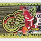 1998-99 DYNAGON ICE STEVE YZERMAN RED WINGS TEAM CHECKLIST CARD