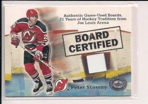 2001-02 FLEER PETER STASTNY GREATS OF THE GAME USED BOARD CARD