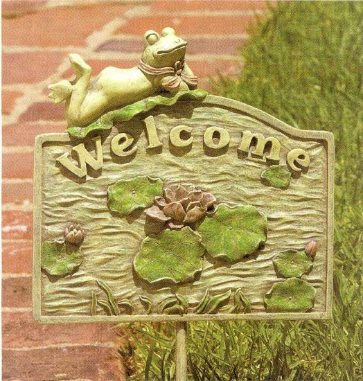 "Frog ""Welcome"" Sign"