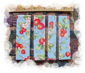 *~STRAWBERRY ON AQUA CHINTZ~* 5 Cut-2-Fit Mosaic Tiles