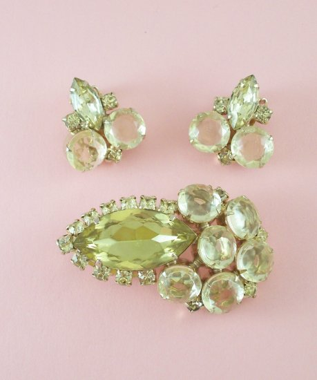 Vintage Jonquil Yellow Rhinestone Brooch  Earrings Demi Set Fancy Large Rhinestones