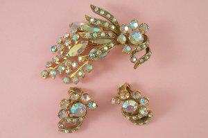 Vintage Selini  Rhinestone Brooch Earrings Demi Set Pastel Aurora Borealis