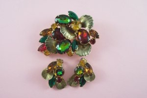 Vintage  Watermelon Rhinestone Brooch Earrings Demi Set Molded Glass Red Green Topaz