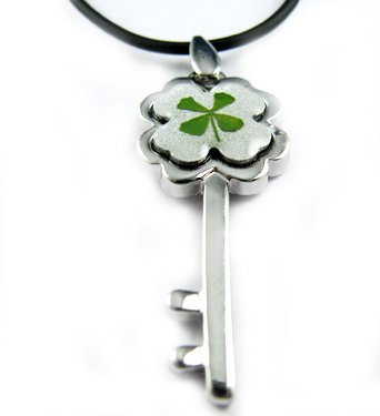 Real Four 4 Leaf Clover Necklace Pendant Flower Key