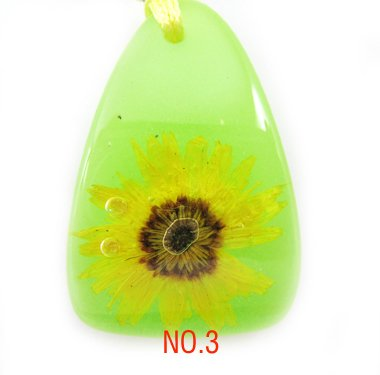 Amber Real Charm Flower Necklace Pendant NO.3