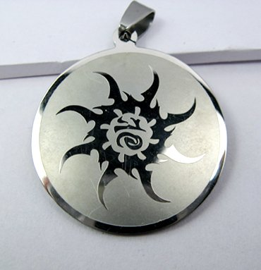 Stainless Steel Round Shaped Necklace Pendant Sun