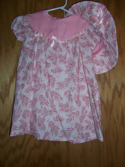 Pink and white dress and floppy hat  size 1