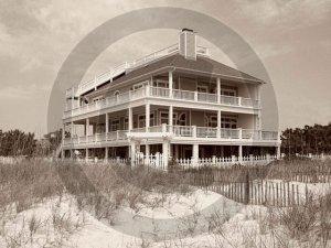 Beach House - 4017 - 8x10 Framed Photo