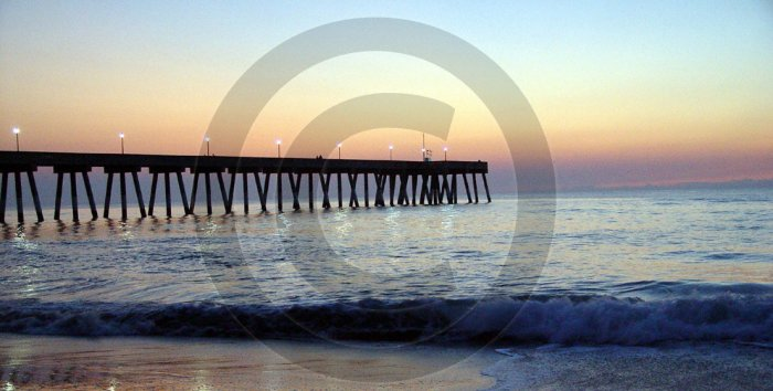 Pre-Dawn - Johnnie Mercer's Pier - 1007 - 11x17 Framed Photo