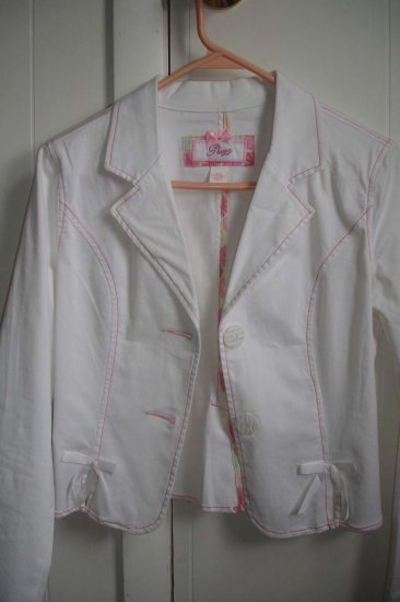 Junior white jacket