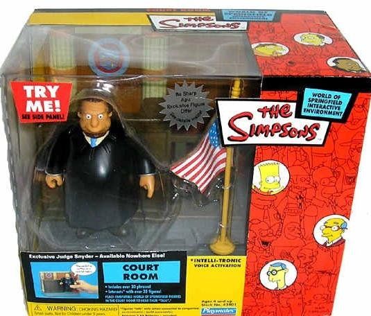 The Simpsons WoS Interactive Courtroom Playset w/ Judge Snyder � World of Springfield Collection