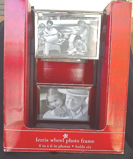 Photo Frame Carousel Silver Plate Antique Wood Stand - 4x6 | Xmas Holidays Gift Decor