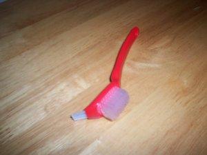 Tupperware Seal Brush Gadget