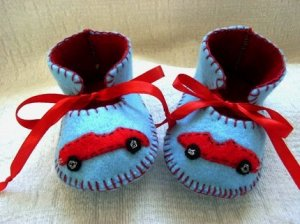 Light Blue & Red Booties with Cars, 3-6 months (RM 80)