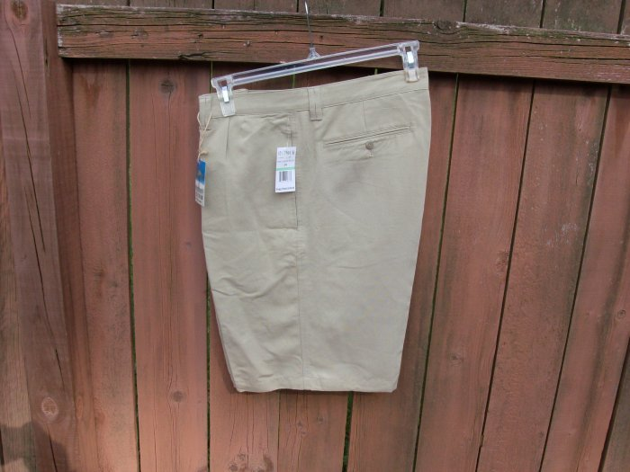 "Men's Linen Blend Khaki Shorts by Solitude; 34"" waist"