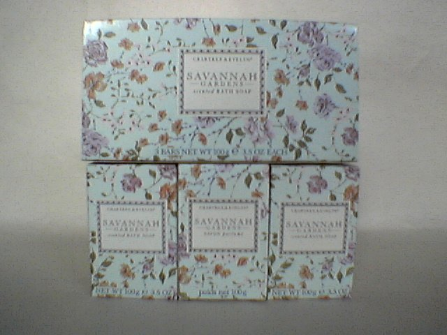 Crabtree Evelyn Savannah Gardens Bath Soap  Gift Box  3 x 3.5 oz bars.  Rare, discontinued