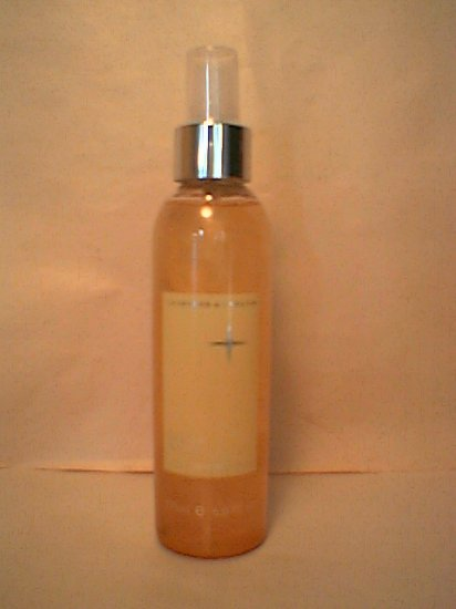 Crabtree Evelyn Body Shimmer Mist  Vanilla Blanc perfumed veil spray Disc'd