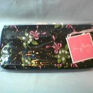 Vera Bradley Travel Organizer New Hope  NWT Retired VHTF  passport zip around wallet  clutch