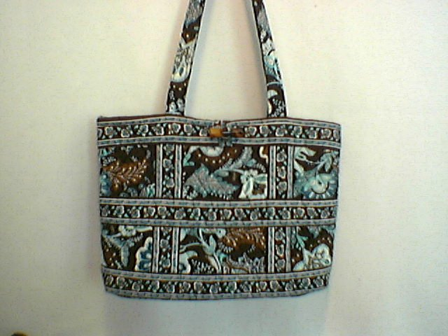 Vera Bradley Small Tic Tac Tote Java Blue  Exc Pre-Owned   purse handbag