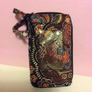 All In One Wristlet Vera Bradley  Kensington retired tech cell case NWOT