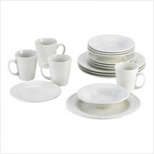 Cream Dream Dinnerware Set - 16 pc