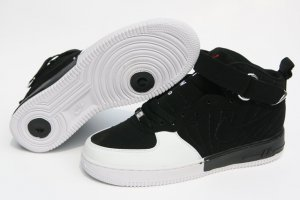 Men jordan Fusions Black and White