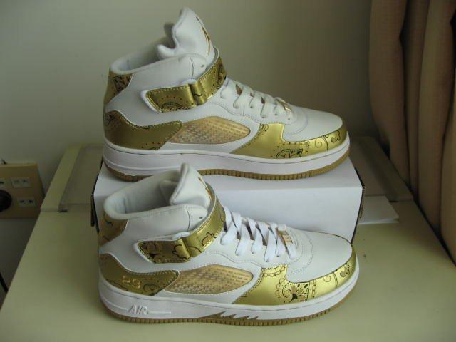Men jordan Fusions Gold and White