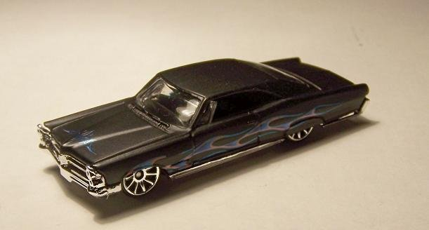 HOT WHEELS '65 PONTIAC BONNEVILLE