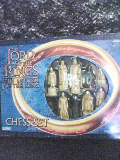 LORD OF THE RINGS CHESS GAME