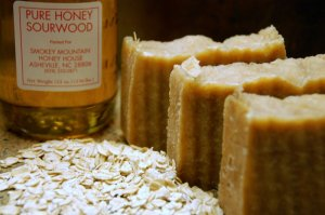 GOAT MILK- Oatmeal, Milk and Honey-unisex scent